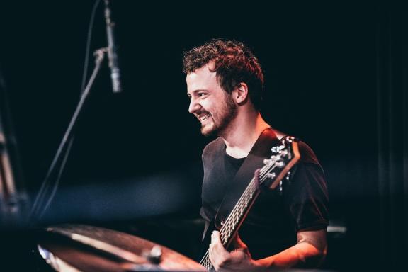 Max Preiss - Bass